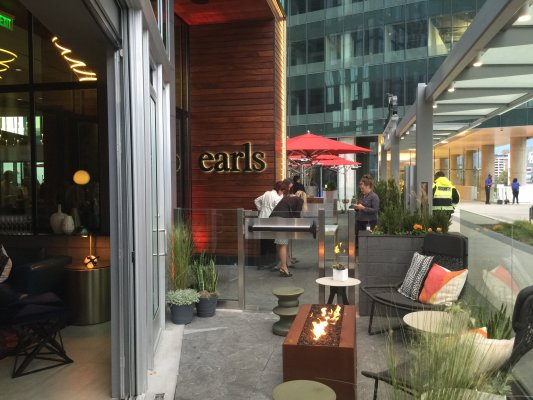 Earls Kitchen + Bar Opens First D.C. Area Location - DC After Five